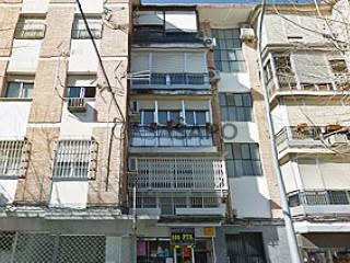 Ver Piso 3 habitaciones + 1 hab. auxiliar en Córdoba