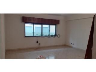 Ver Apartamento T3, São Carlos, Algueirão-Mem Martins, Sintra, Lisboa, Algueirão-Mem Martins em Sintra