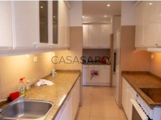 Ver Apartamento T4 Com garagem, Ramalde, Porto, Ramalde no Porto