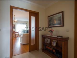 See Apartment 3 Bedrooms, Urbanização dos Barris, Alcochete, Setúbal in Alcochete