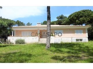 Ver Moradia T4 Duplex com garagem, S.Maria e S.Miguel, S.Martinho, S.Pedro Penaferrim em Sintra
