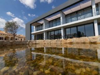Voir Maison 4 Pièces Duplex avec garage, Albufeira e Olhos de Água à Albufeira