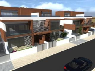 See House 4 Bedrooms Triplex With garage, São Francisco, Alcochete, Setúbal, São Francisco in Alcochete