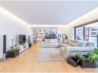 See Apartment 4 Bedrooms, Carnaxide e Queijas in Oeiras