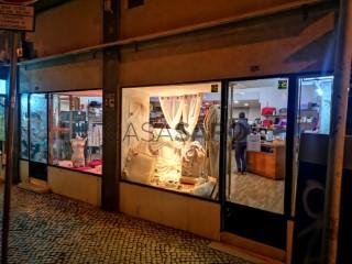 Ver Pronto-a-vestir, SANTA MARTA (Coração de Jesus), Santo António, Lisboa, Santo António em Lisboa