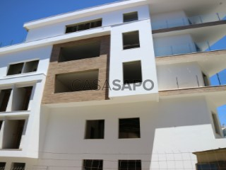 See Apartment 3 Bedrooms With garage, Queijas, Carnaxide e Queijas, Oeiras, Lisboa, Carnaxide e Queijas in Oeiras