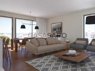 Voir Appartement 4 Pièces avec garage, Albufeira e Olhos de Água à Albufeira