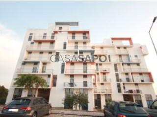 Ver Apartamento T2 com garagem, Caldas da Rainha - Santo Onofre e Serra do Bouro em Caldas da Rainha