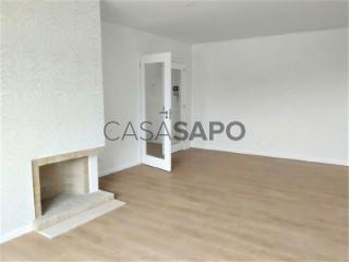 See Apartment 3 Bedrooms with garage, São Felix da Marinha in Vila Nova de Gaia