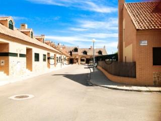 Ver Vivienda adosada 4 habitaciónes, Duplex en Escalona