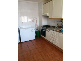 See Apartment 4 Bedrooms in Viseu