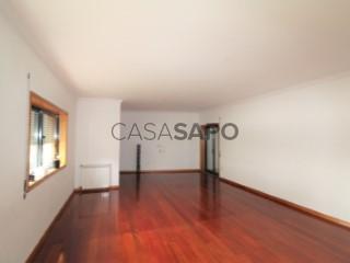 Ver Apartamento T3 com garagem, Castêlo da Maia em Maia