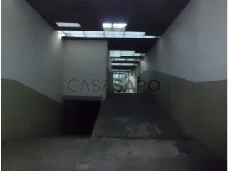 See Warehouse, Santo Ovídeo (Mafamude), Mafamude e Vilar do Paraíso, Vila Nova de Gaia, Porto, Mafamude e Vilar do Paraíso in Vila Nova de Gaia