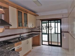 See Apartment 3 Bedrooms, Centro, Alhos Vedros, Moita, Setúbal, Alhos Vedros in Moita
