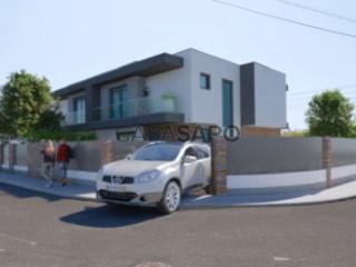 Voir Maison 5 Pièces Triplex Avec garage, Penedo, Carcavelos e Parede, Cascais, Lisboa, Carcavelos e Parede à Cascais