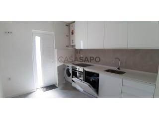 Ver Apartamento T2 Com garagem, Jardim de Cima (São Salvador), Cidade de Santarém, Cidade de Santarém em Santarém