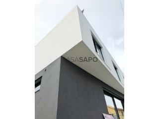 Ver Moradia T3+1, Centro (Queijas), Carnaxide e Queijas, Oeiras, Lisboa, Carnaxide e Queijas em Oeiras