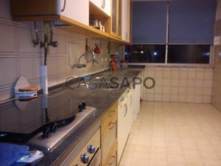 Ver Apartamento T3 com garagem, Alfragide na Amadora