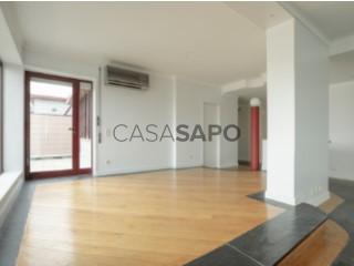 Ver Apartamento T4 com garagem, Santa Maria Maior e Monserrate e Meadela em Viana do Castelo