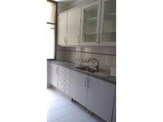 Ver Apartamento T1+1 com garagem, Castêlo da Maia em Maia