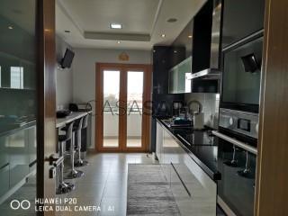 Ver Apartamento T3 Com garagem, Ramada e Caneças, Odivelas, Lisboa, Ramada e Caneças em Odivelas