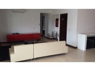 Ver Apartamento T3+1, Benfica em Belas