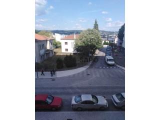 See Apartment 3 Bedrooms, União das freguesias de Vila Real in Vila Real