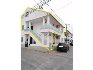 See Two-Family House 3 Bedrooms +3, Bairro da Torregela (Malagueira), Malagueira e Horta das Figueiras, Évora, Malagueira e Horta das Figueiras in Évora