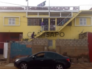 Ver Andar de Moradia T5 Duplex em Cazenga