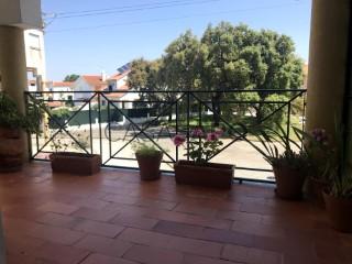 Ver Apartamento T4 Duplex, Portela das Padeiras  (São Salvador), Cidade de Santarém, Cidade de Santarém em Santarém
